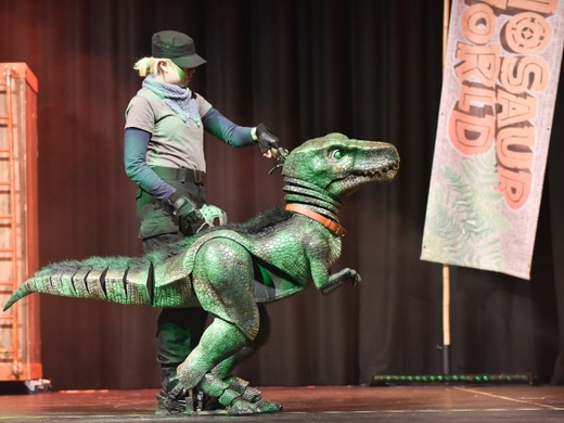 Dinosaur World Live-