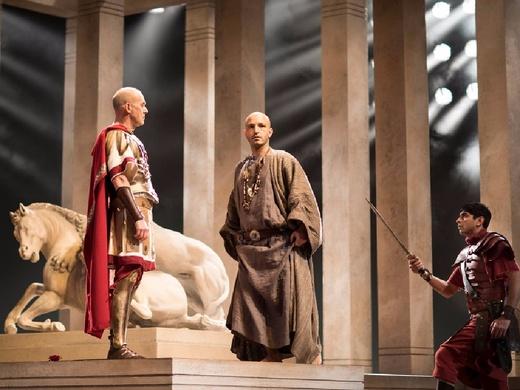 Royal Shakespeare Company: Julius Caesar - William Shakespeare#4