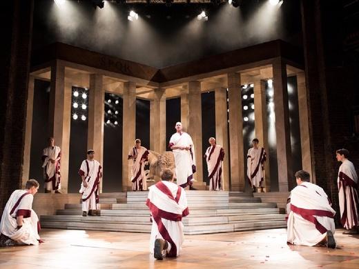 Royal Shakespeare Company: Julius Caesar - William Shakespeare#5