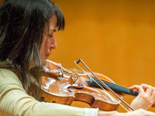 Dancing on the Edge London Philharmonic ...