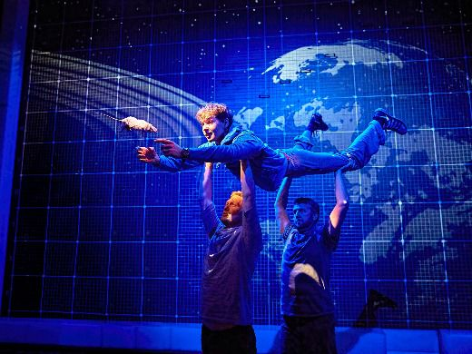 The Curious Incident of the Dog in the Night-Time-3